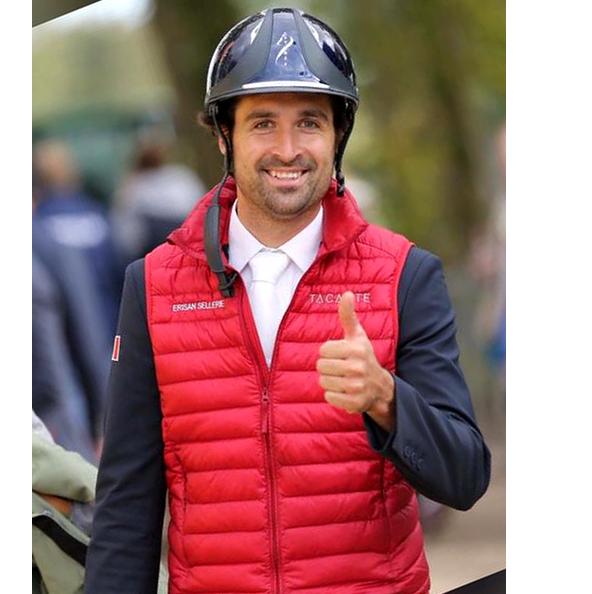 Raphael-cochet-eventing-écurie-de-lal-louvière-cavalier-de-concours-complet-equitation-pension-valorisation-concours-partenaire-portrait1